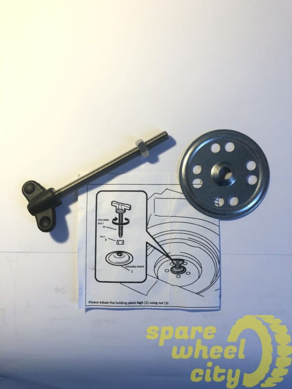 AUDI Q3   2011 - PRESENT  SPACE SAVER SPARE WHEEL RETAINING FIXING BOLT SCREW 1